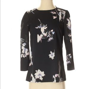 French Connection Tops - French Connection 3/4 Sleeve Flower Top